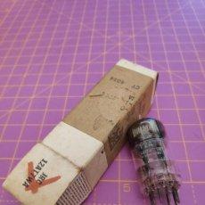 Radios antiguas: VÁLVULA ECC81 = 12AT7 - BRIMAR - TESTADA. Lote 187324553