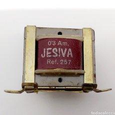 Radios antiguas: TRANSFORMADOR JESIVA 220/125-SECUNDARIO 7VDA-300MA. Lote 188413720