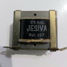Radios antiguas: TRANSFORMADOR JESIVA 220V/7,5V-0,3A. Lote 188415873