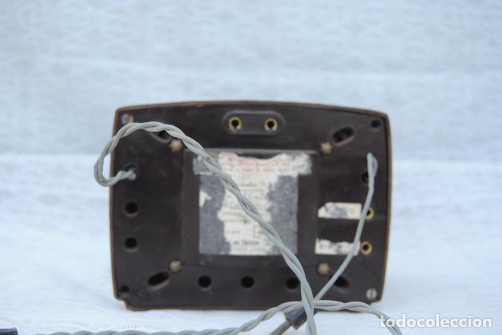 Radios antiguas: TRANSFORMADOR ANTIGUO CON VOLTIMETRO MARCA SALABE - Foto 3 - 194878575