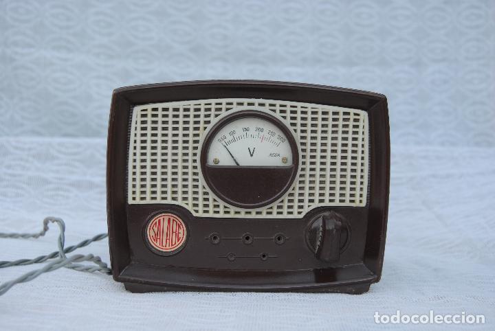 TRANSFORMADOR ANTIGUO CON VOLTIMETRO MARCA SALABE (Radios, Gramófonos, Grabadoras y Otros - Repuestos y Lámparas a Válvulas)