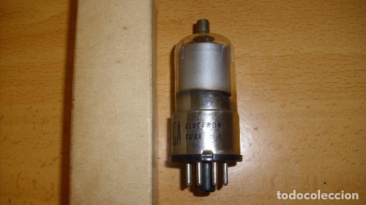 ANTIGUA VÁLVULA RCA 25L6GT CON CAJA (Radios, Gramófonos, Grabadoras y Otros - Repuestos y Lámparas a Válvulas)