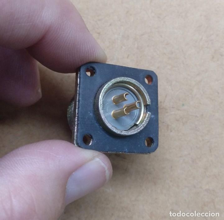Radios antiguas: electronica, conector obase de antena creo de rafioaficionado - Foto 3 - 196795012