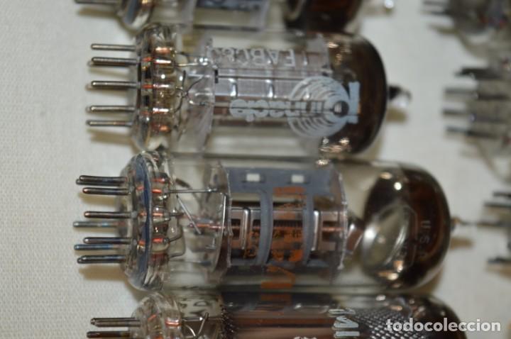 Radios antiguas: 13 VÁLVULAS / LÁMPARAS, ECC80 / ECC 80 y otros tipos / TELEFUNKEN / MARCONI / MINIWATT y otras marca - Foto 7 - 196805015