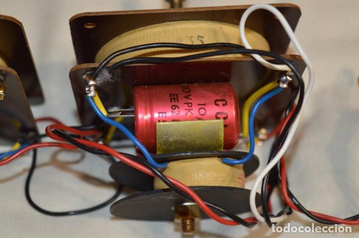 Radios antiguas: VINTAGE / ANTIGUO - Pareja de filtros de 2 vías, de antiguos bafles - ¡Mira fotos y detalles! - Foto 2 - 197869056