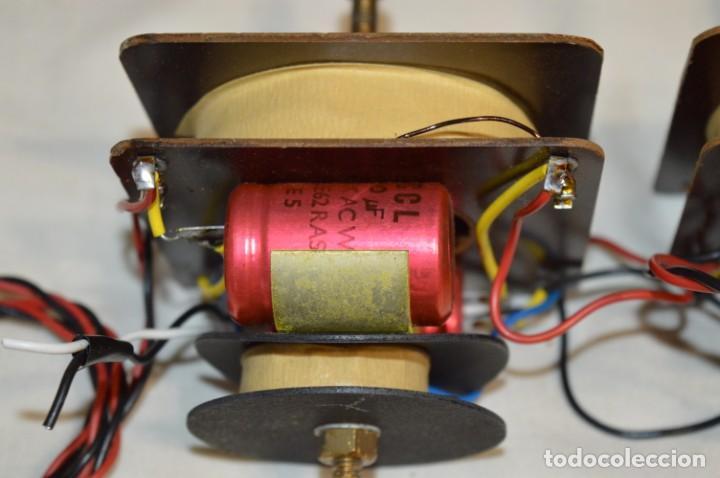 Radios antiguas: VINTAGE / ANTIGUO - Pareja de filtros de 2 vías, de antiguos bafles - ¡Mira fotos y detalles! - Foto 3 - 197869056