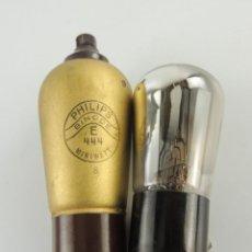 Radios antiguas: VINTAGE LAMPARAS DE RADIO PHILIPS E 444. Lote 204004270