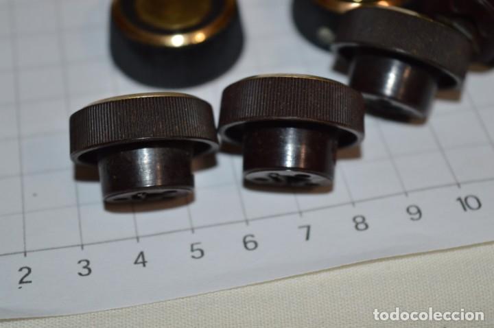 Radios antiguas: Lote BOTONES / BOTONERAS - Para RADIOS y EQUIPOS ANTIGUOS - Repuestos variados - ¡Mira! / Lote 15 - Foto 3 - 204400567