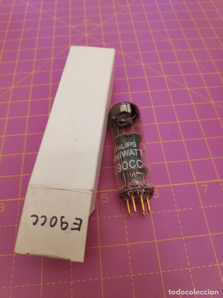 1 UNIDAD VÁLVULA E90CC - PHILIPS MINIWATT - PINES DORADOS - PROBADA (Radios, Gramófonos, Grabadoras y Otros - Repuestos y Lámparas a Válvulas)
