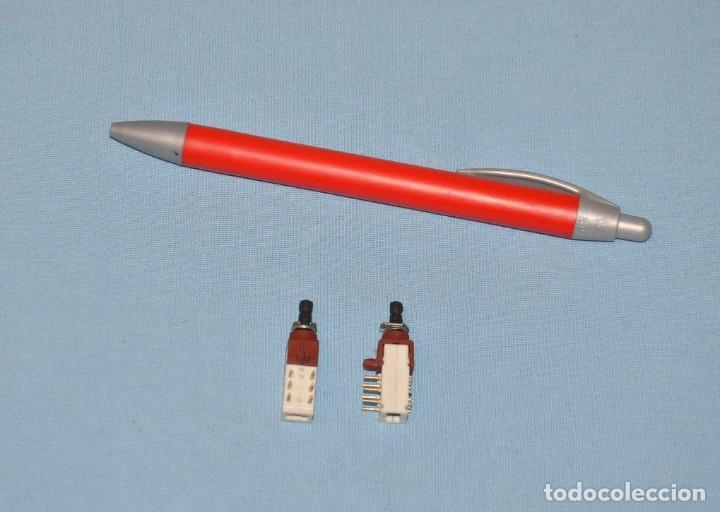 2 PULSADORES (Radios, Gramófonos, Grabadoras y Otros - Repuestos y Lámparas a Válvulas)