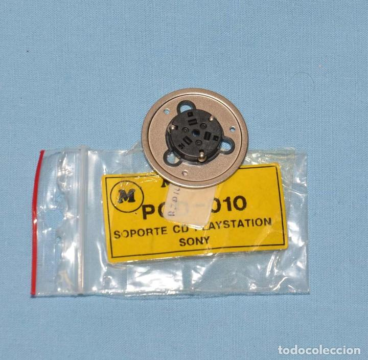 SOPORTE CD PLAYSTATION (Radios, Gramófonos, Grabadoras y Otros - Repuestos y Lámparas a Válvulas)
