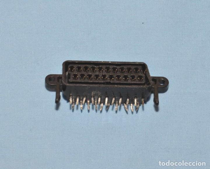 EUROCONECTOR BASE HEMBRA PARA CIRCUITO IMPRESO (Radios, Gramófonos, Grabadoras y Otros - Repuestos y Lámparas a Válvulas)
