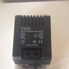 Radios Anciennes: TRANSFORMADOR ALIMENTADOR ENTRADA 220V SALIDA 110V 80VA MARCA TRQ NUEVO ELECTRICIDAD. Lote 253728660