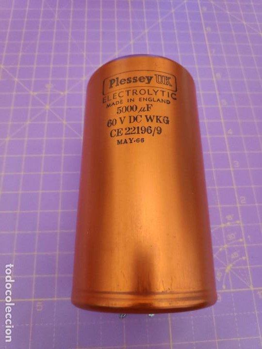1 CONDENSADOR ELECTROLÍTICO 5000 MICROFARADIOS 60V - PLESSEY - NUEVO (Radios, Gramófonos, Grabadoras y Otros - Repuestos y Lámparas a Válvulas)
