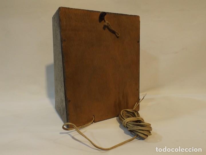 Radios antiguas: Antiguo altavoz madera con rejilla sin probar color gris medida 20 altura 16 ancho Fondo 10.5 cm. - Foto 6 - 221816276