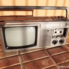 Radios antiguas: RADIO CASETTE TELEVISIÓN CASSETTE SHARP // NO FUNCIONA EL CASETTE Y LE FALTA LA TAPA. Lote 222715678