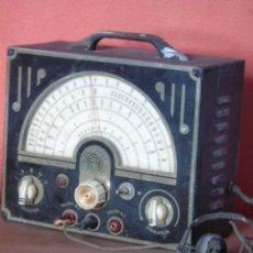 Radios antiguas: GENIAL RADIO VALVULAS ANTIGUO OSCILADOR M 50 TYPE B PARA RADIOS. Lote 222821631