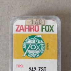 Radios antiguas: AGUJAS TOCADISCOS, MARCA ZAFIRO FOX TIPO 242 ZST (COSMO) - 2 UNIDADES. Lote 223111350