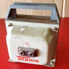 Radios antiguas: TRANSFORMADOR ANTIGUO. Lote 227739915