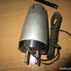 Radios antiguas: RECTIFICADOR DE CORRIENTE PARA ALIMENTAR RADIO TRANSISTORES NUEVO 125 V A 9 VOLTIOS. Lote 228566290