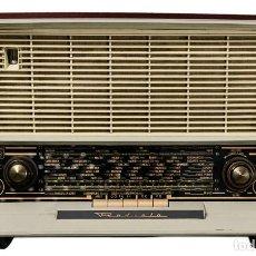 Radios antiguas: PRECIOSA RADIO ANTIGUA DE LA MARCA RADIOLA,FUNCIONANDO PERFECTAMENTE. Lote 244880035