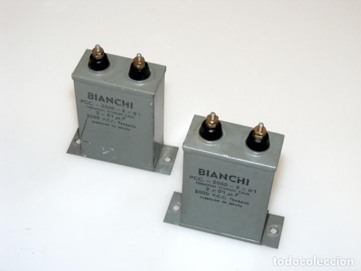 Radios antiguas: 2 ANTIGUOS CONDENSADORES DOBLES, BIANCHI - 2 X 0,1 MF, 2000V. - USADOS - COMPROBADOS. - Foto 2 - 257503765