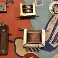 Radios antiguas: TRANSFORMADORES Y CONDENSADOR. Lote 258245515