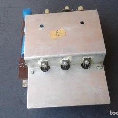 Radios antiguas: ANTIGUO CIRCUITO IMPRESO CON RADIADOR Y COMPONENTES. Lote 269196968