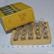 Radios antiguas: DIAL RADIO - CAJA ORIGINAL / 20 LÁMPARAS METAL-MAZDA - E 10 ROSCA - 12 V / 0,10A - REF. D-116 ¡MIRA!. Lote 273329693