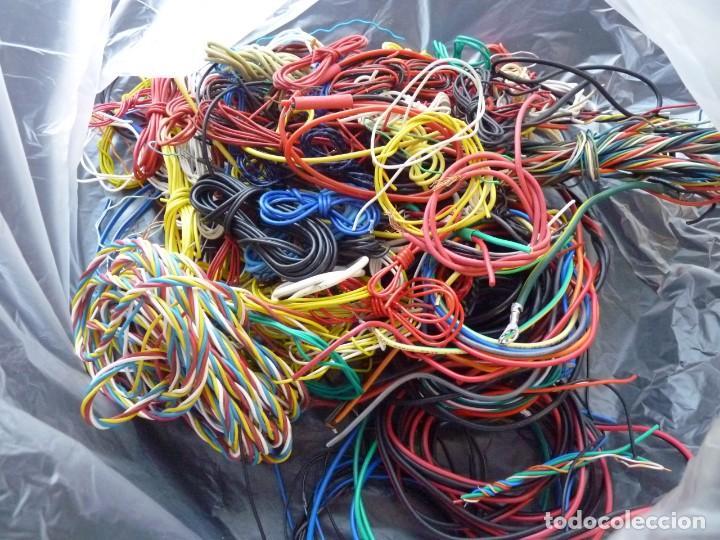 Radios antiguas: 2 Kg., DE CABLE Y MATERIAL CABLEADO PARA RADIO, TRANSISTOR, CASSETTE, HIFI, JUGUETES (86) - Foto 13 - 288644168