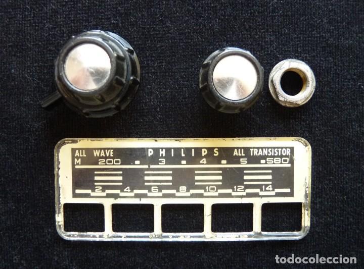 Radios antiguas: DESPIECE PARA RADIO TRANSISTOR PHILIPS. DIAL Y BOTONES (79) - Foto 2 - 288644643