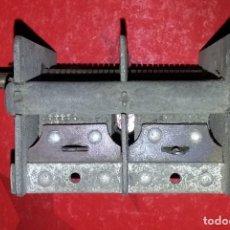 Radios antiguas: CONDENSADOR VARIABLE DE DOS SECCIONES.. Lote 289606358