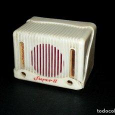 Rádios antigos: GABINETE / MUEBLE PARA RADIO PULGARCITO SUPER II - PARA RESTAURAR - VER FOTOS. Lote 290960143