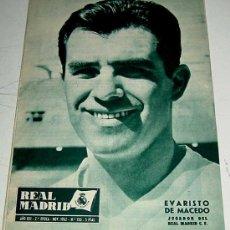 Coleccionismo deportivo: ANTIGUA REVISTA DEL REAL MADRID - FUTBOL - NOVIEMBRE DE 1962 - Nº 150 - EN PORTADA EVARISTO DE MACED. Lote 21509026