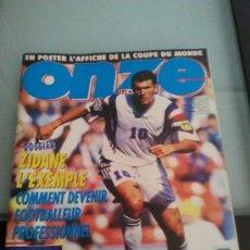 Coleccionismo deportivo: ONZE FRANCE ENERO 98 (CON ZIDANE EN PORTADA). Lote 28667593