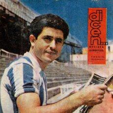 Coleccionismo deportivo: REVISTA DICEN Nº 467 SASTRE, MEDIO VOLANTE DEL R.C.D.ESPAÑOL. Lote 31380476
