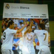 Coleccionismo deportivo: REVISTA DEL REAL MADRID GRADA BLANCA - JORNADA 1 29/08/2009 - REAL MADRID DEPORTIVO DE LA CORUÑA . Lote 31699859