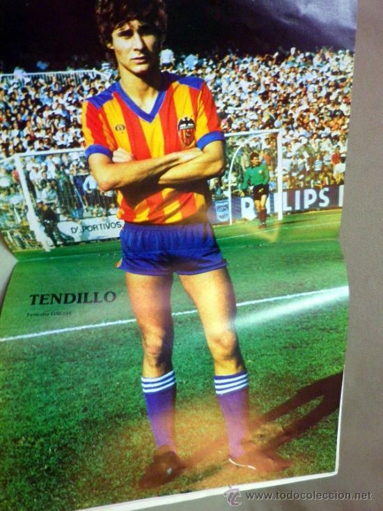Coleccionismo deportivo: REVISTA DE FUTBOL, VALENCIA CF, Nº 38, AGOSTO DE 1980, LA PLANTILLA DEL 80/81 - Foto 3 - 38203195