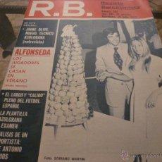 Coleccionismo deportivo: R.B.REV.BARCELONISTA Nº: 381(18-7-72)-LA PLANTILLA DEL BARÇA-FOTOS. Lote 54372344