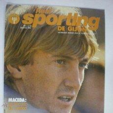 Revista oficial Real Sporting de Gijón - Nº 32 - Diciembre 1982 - Póster Sporting 1983