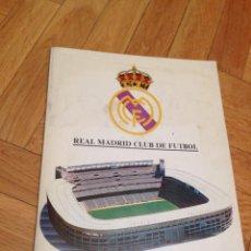 Coleccionismo deportivo: MEMORIA REAL MADRID 1985 1986 A TODO COLOR FERNANDO MARTIN ROMAY HUGO SANCHEZ FINAL COPA UEFA. Lote 46655465