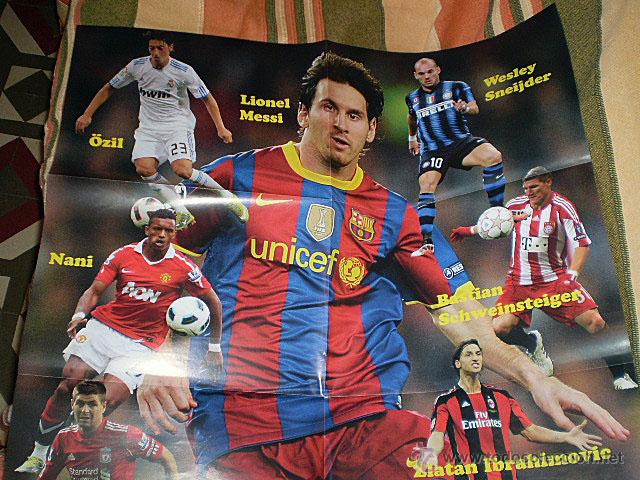 Coleccionismo deportivo: Lote 4 mega póster Top Estrellas del Fútbol Nº 1, 2, 3, 4 (Messi, Cristiano Ronaldo, Iniesta...) - Foto 8 - 47578172