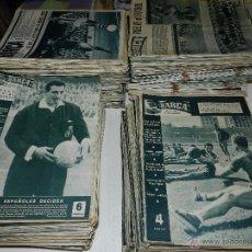 Coleccionismo deportivo: M) REVISTA BARÇA LOTE DE LOS PRIMEROS 820 NUMEROS ,NUM 1 AÑO 1 BCN 1957 AL NUM 820 AÑO XVII BCN 1971. Lote 49014159