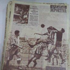 Coleccionismo deportivo: VIDA DEPORTIVA. AÑO XII. Nº 496. BARCELONA EMPATA EN RIAZOR. 21 MARZO 1955. LEER. Lote 50929272