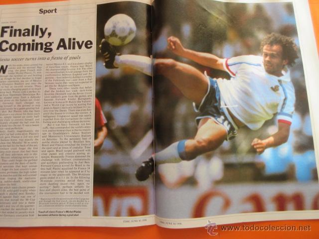 Coleccionismo deportivo: REVISTA COMPLETA TIME 30 JUNIO 1986 - MARADONA LA COPA DEL MUNDO PLATINI - INGLES - Foto 4 - 52462381