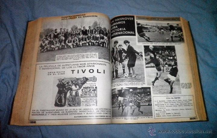 Coleccionismo deportivo: BOLETIN OFICIAL DEL C.DE F.BARCELONA - AÑOS 1962-64 - 30 NUMEROS EN UN VOLUMEN - MUY ILUSTRADOS. - Foto 15 - 52514233