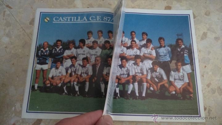 Coleccionismo deportivo: REVISTA REAL MADRID.N 445.1987.DOS POSTERS.LEER¡¡ - Foto 2 - 54630484