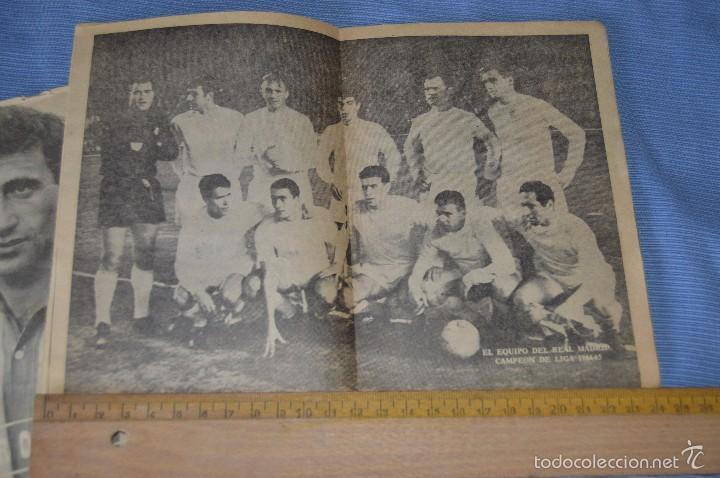 Coleccionismo deportivo: Colección ÍDOLOS de la FAMA - Año 1965 - Núm. 01 y 10 - GENTO y PEIRO - Pósters R. MADRID - Foto 3 - 60342759