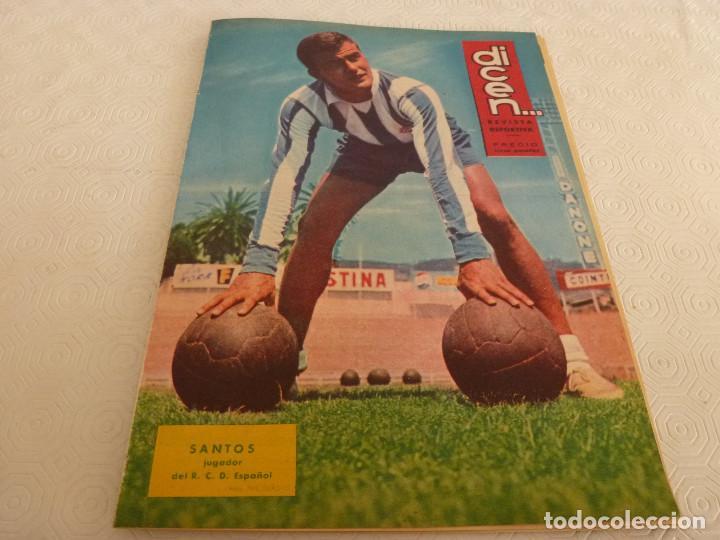 (ML)DICEN(27-12-63)SADURNI(BARÇA)KUBALA,MARIANO MARTIN ALBERTO MARTORELL(BARÇA-ESPAÑOL)BUTA-THERM`X. (Coleccionismo Deportivo - Revistas y Periódicos - otros Fútbol)