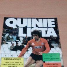 Coleccionismo deportivo: QUINIELISTA - AÑO II - NUMERO 37 - 1983 - INCLUYE POSTER MALLORCA- VER FOTOS - . Lote 99472635